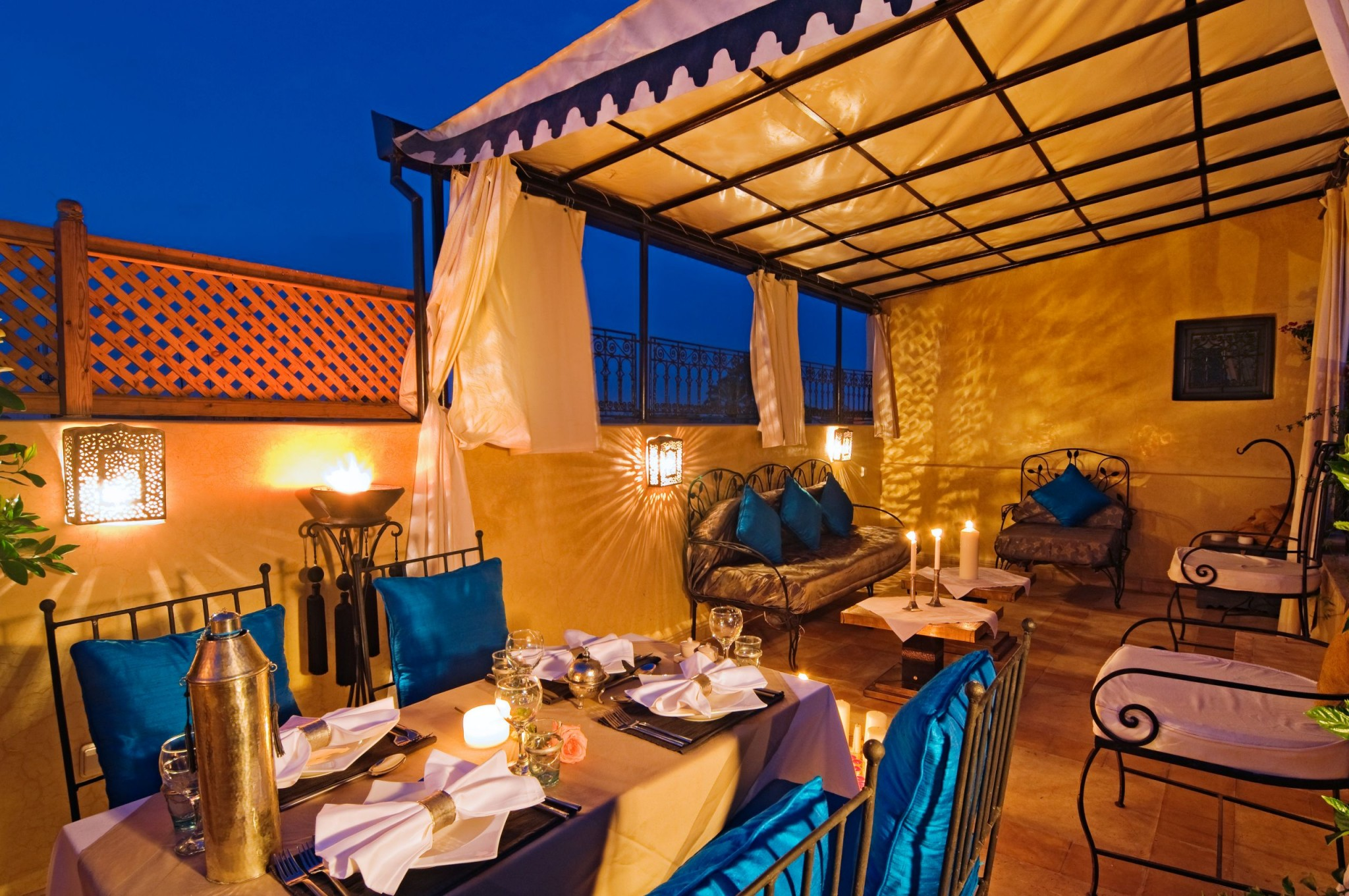 dinner on the roof terrace marrakech